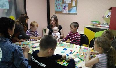 помощь сиротам мастер классы Цыганчук установил фотографию